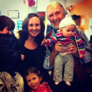 The Amazing Fred Penner with the equally Amazing Ryan Family (minus Tom who took the picture...xo)